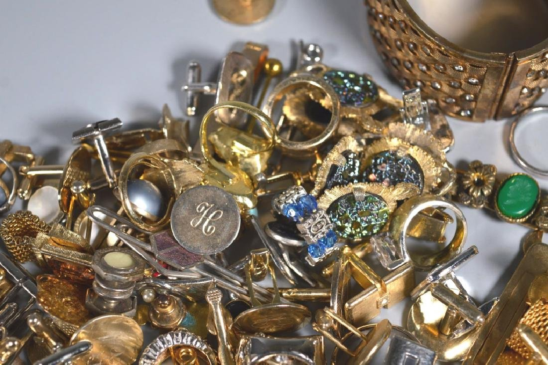 Group Jewelry: Cufflinks Tiebars Rings Bracelets - 6