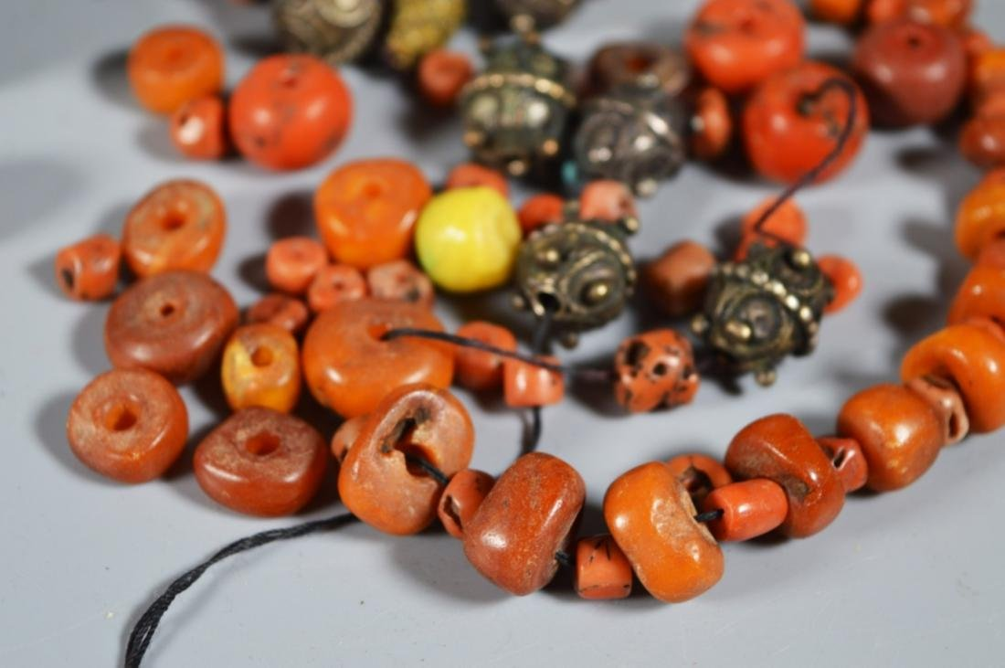 Antique Amber & Coral Bead Necklace; 90G - 3