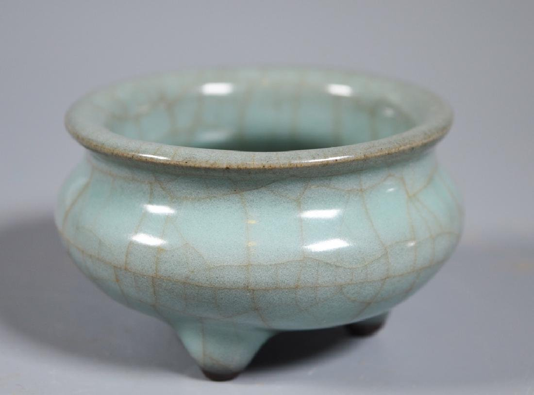 Small Guanyao Pale Blue Crackle Tripod Censer - 2
