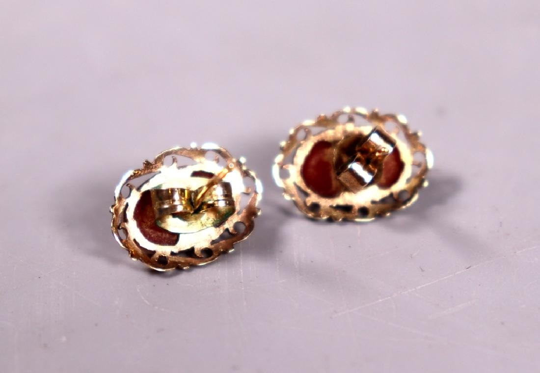 Good Ox-Blood Coral Cabochon Ring & Earring Set - 5