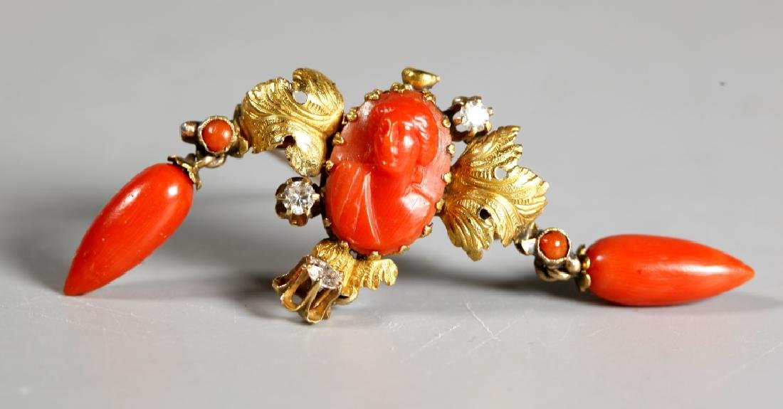 Antique European Dark Coral & 14K Gold Pin - 4