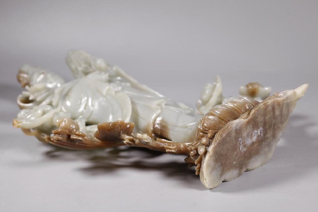 Large Chinese Carved Jade Guanyin - 7