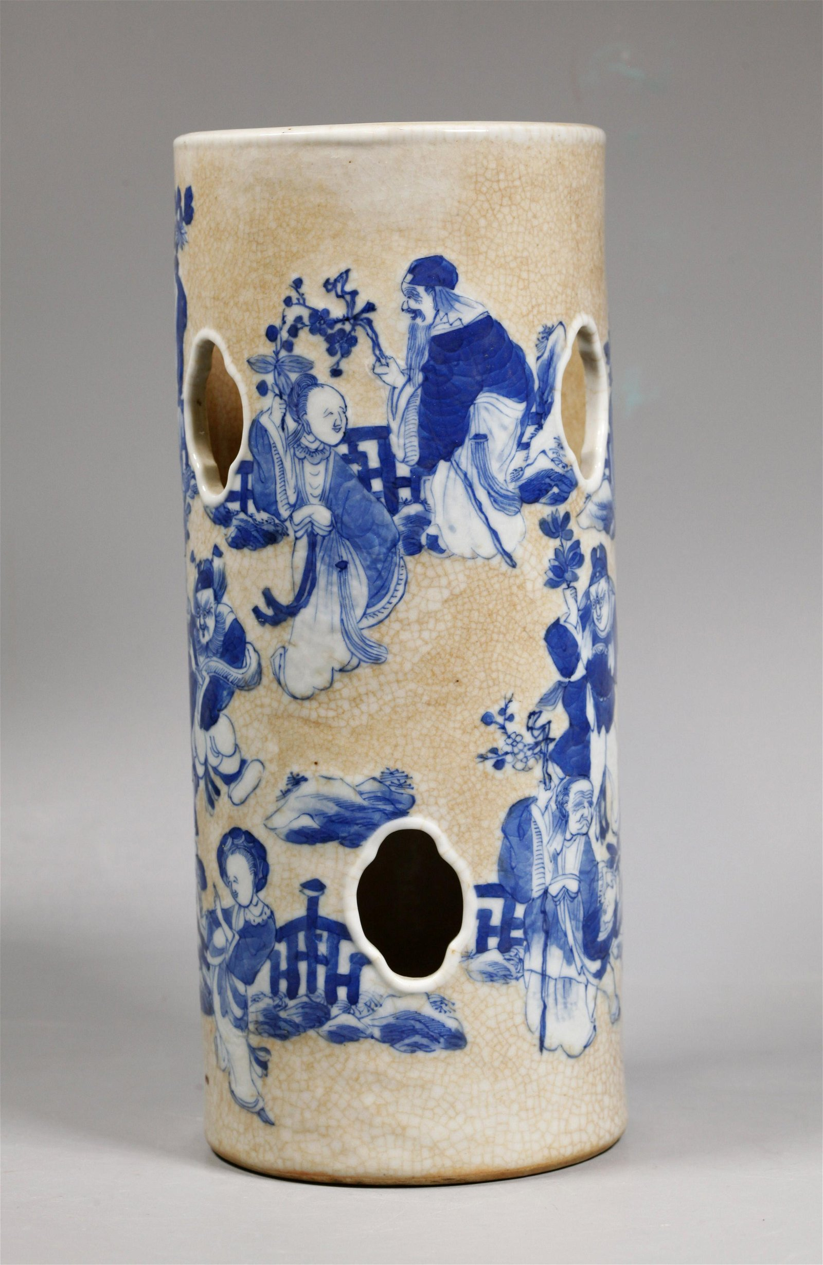 Chinese Crackle Blue & White Porcelain Hat Stand