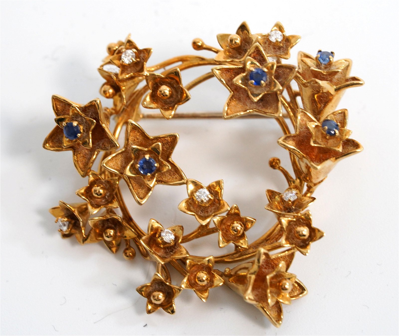 Vintage Tiffany & Co 18K Italian Gold Wreath Pin