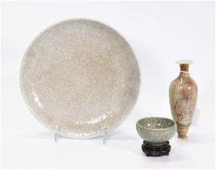 3 Chinese Qing Porcelains: Peachbloom, 2 Crackle
