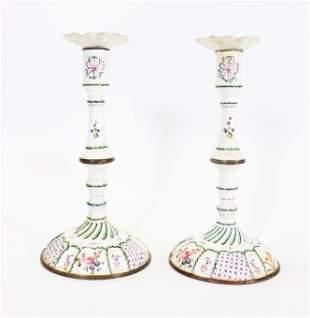 English 18 C White Bilston Enamel Candlesticks