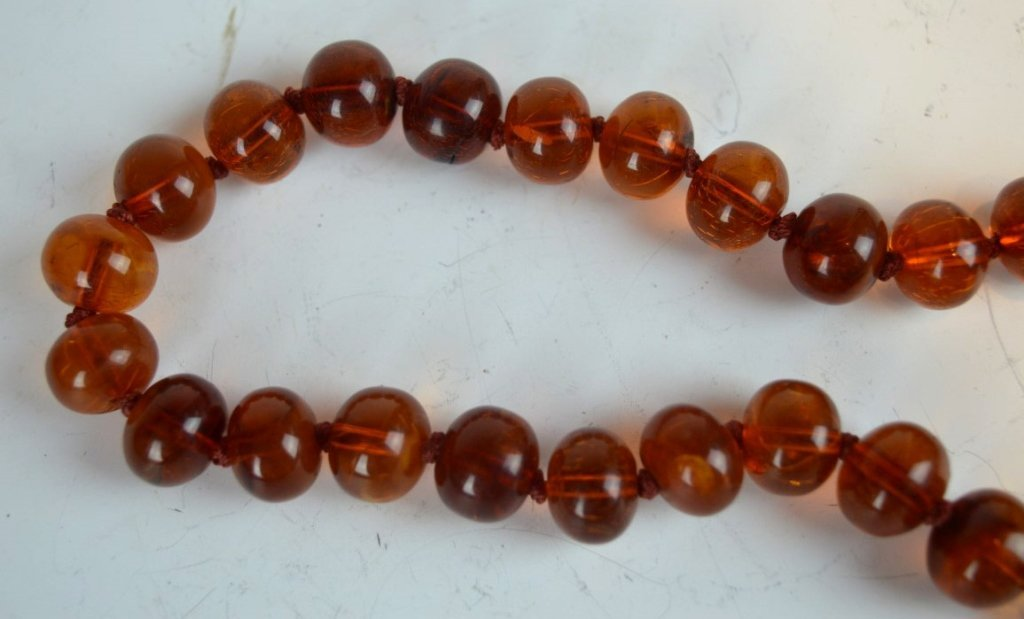 Chinese Amber Beads & Carved Amber Pendant - 3