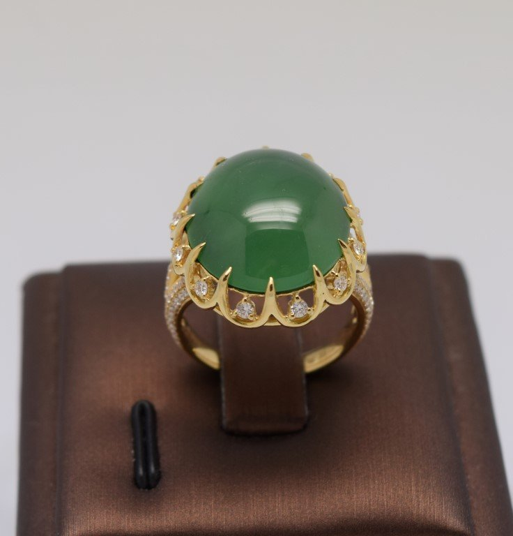18K Gold Large Bright green jadeite diamond Ring