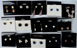 8 Pr. Earrings Gold marked 14K, with 7 other pairs