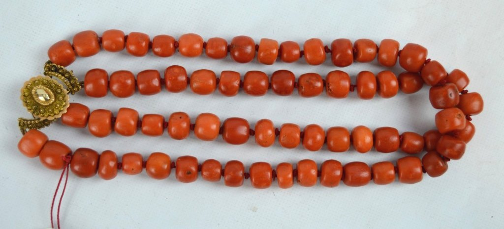 131 Grams of Antique Coral Beads