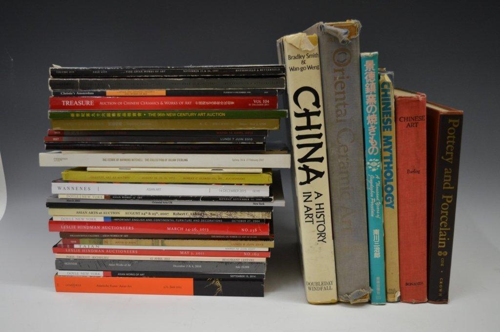 32 - Books & Auction Catalogues USA, Paris, etc