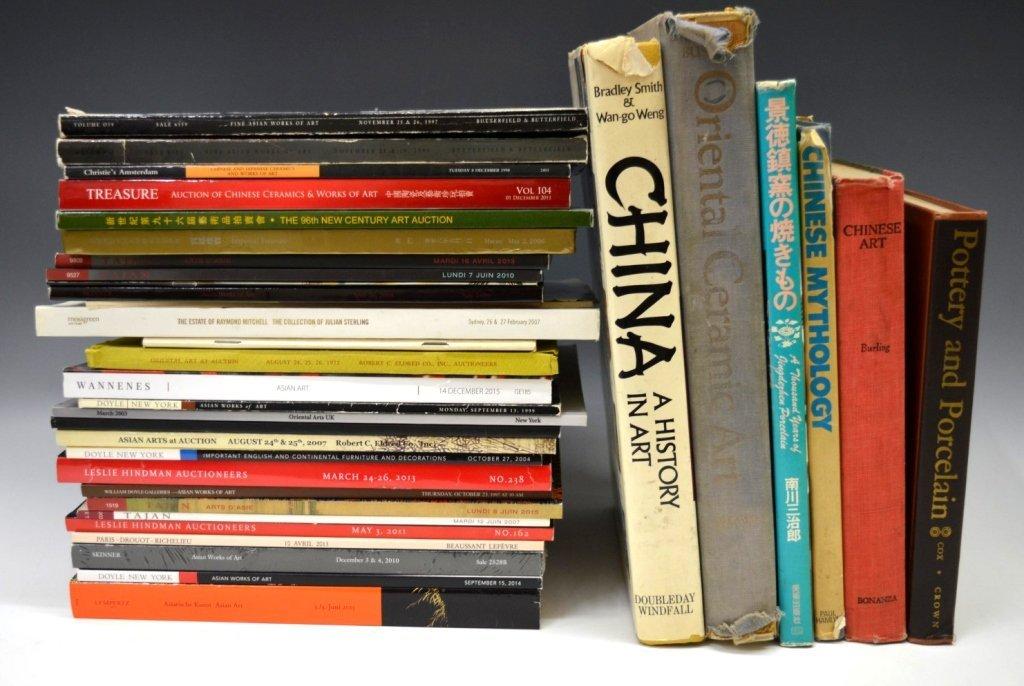32 - Books & Auction Catalogues USA, Paris, etc - 2