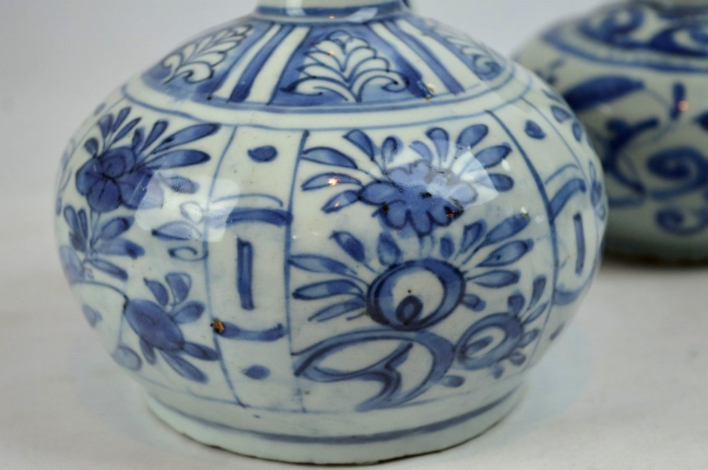 2 - Good Ming Dynasty Chinese Porcelain Kendis - 3