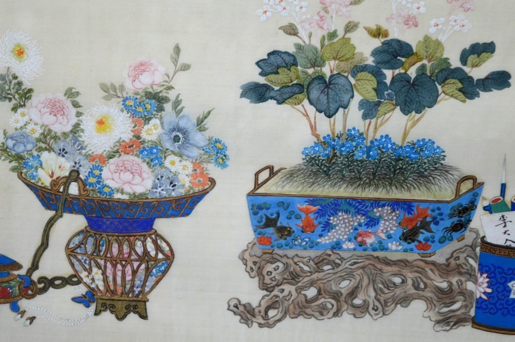 Pair Finely Detailed Chinese Paintings on Silk - 5