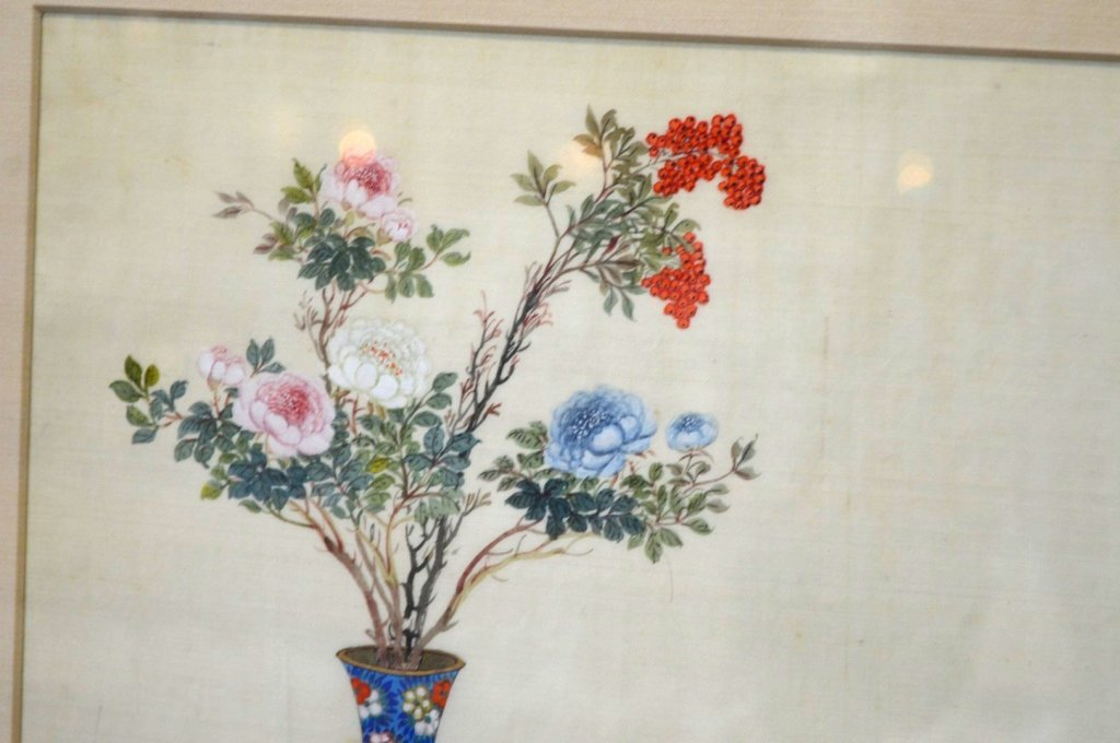 Pair Finely Detailed Chinese Paintings on Silk - 6