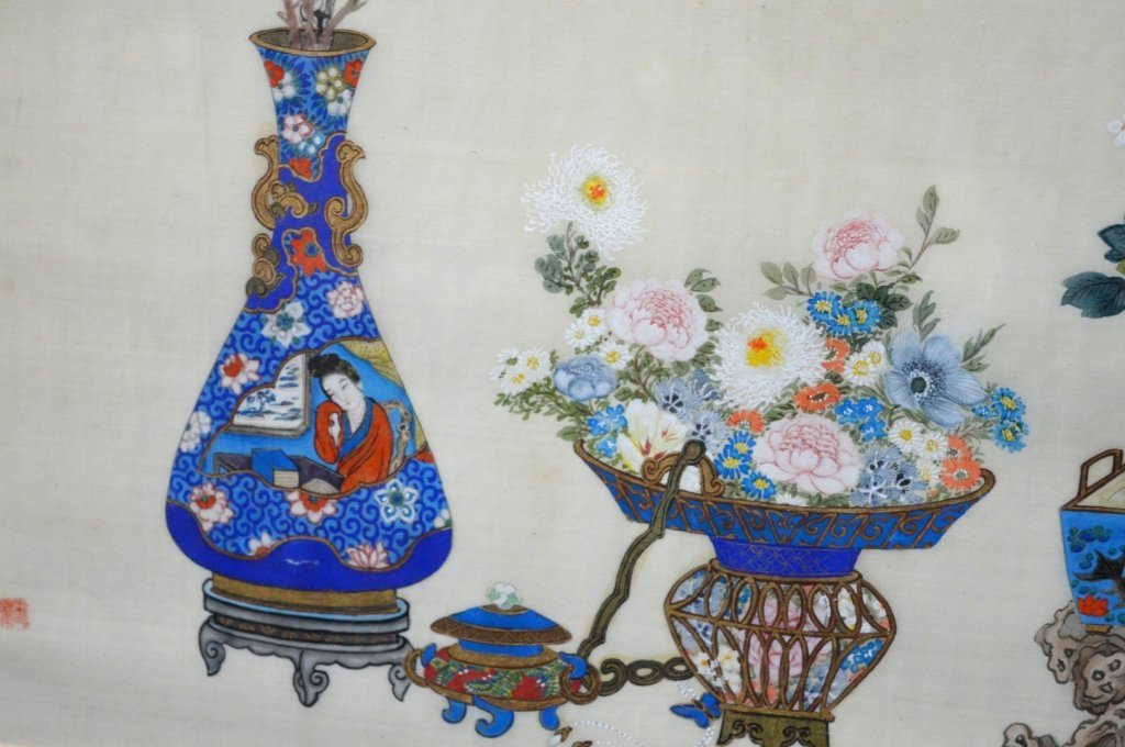 Pair Finely Detailed Chinese Paintings on Silk - 7