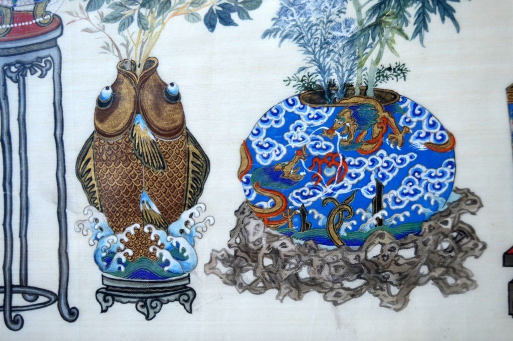 Pair Finely Detailed Chinese Paintings on Silk - 9