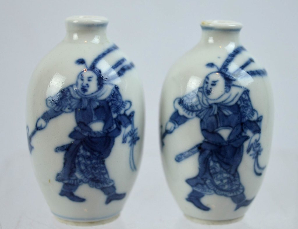 2- 19th C Chinese Underglaze Blue Porcelain Snuffs