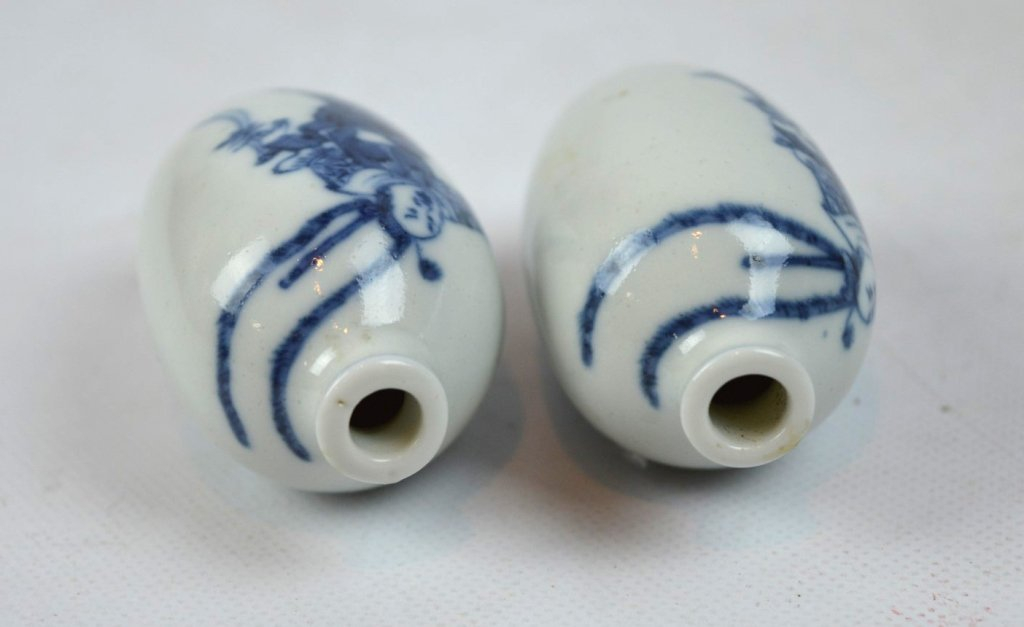 2- 19th C Chinese Underglaze Blue Porcelain Snuffs - 5
