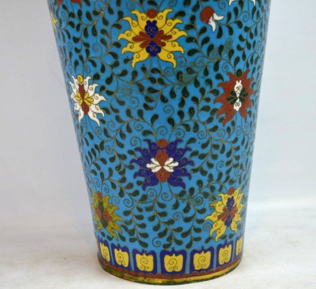 Large & Heavy 18th/19th C Chinese Cloisonne Vase - 3