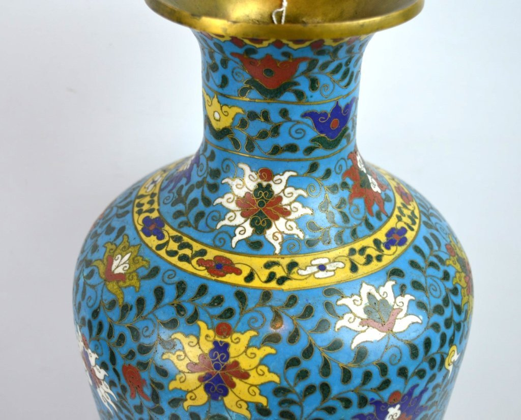 Large & Heavy 18th/19th C Chinese Cloisonne Vase - 4