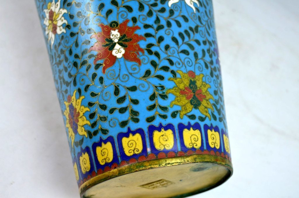 Large & Heavy 18th/19th C Chinese Cloisonne Vase - 8