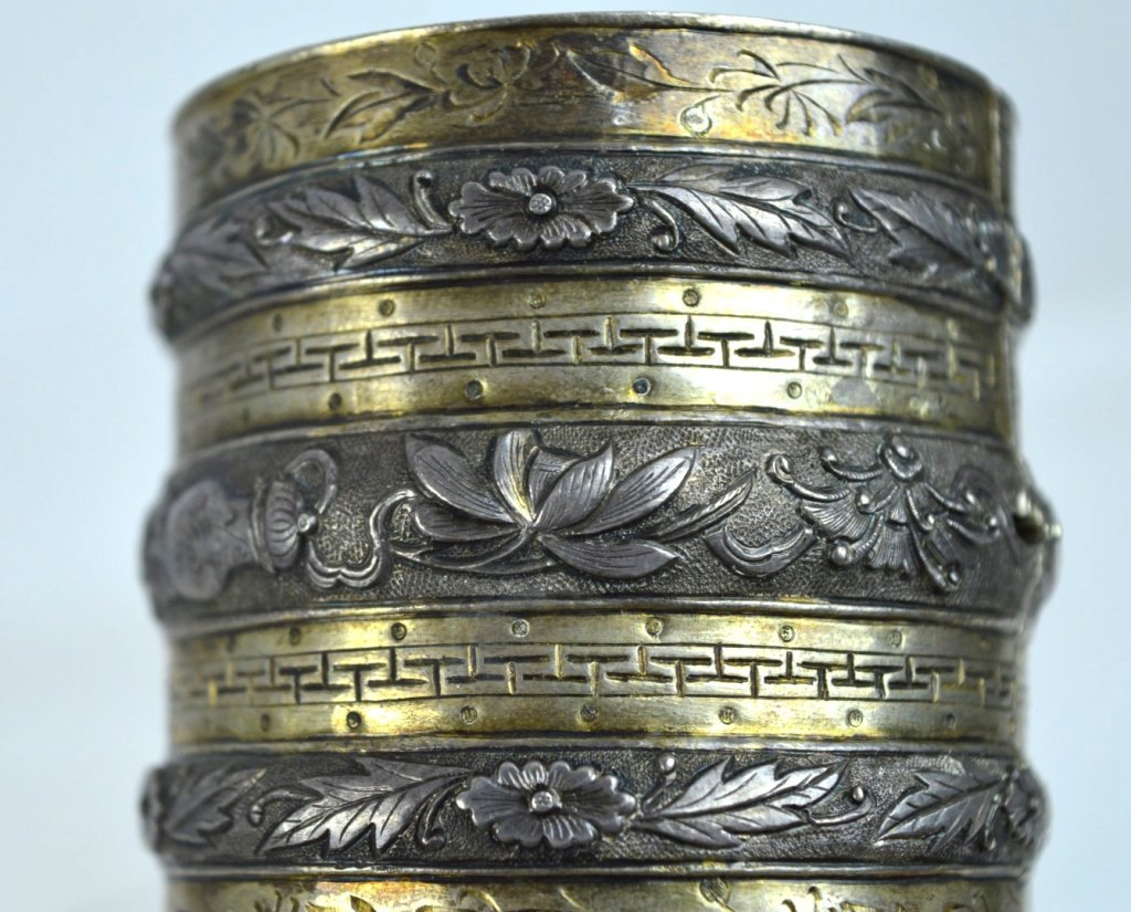 Rare 19th C Chinese Sycee Silver Hinged Bracelet - 4