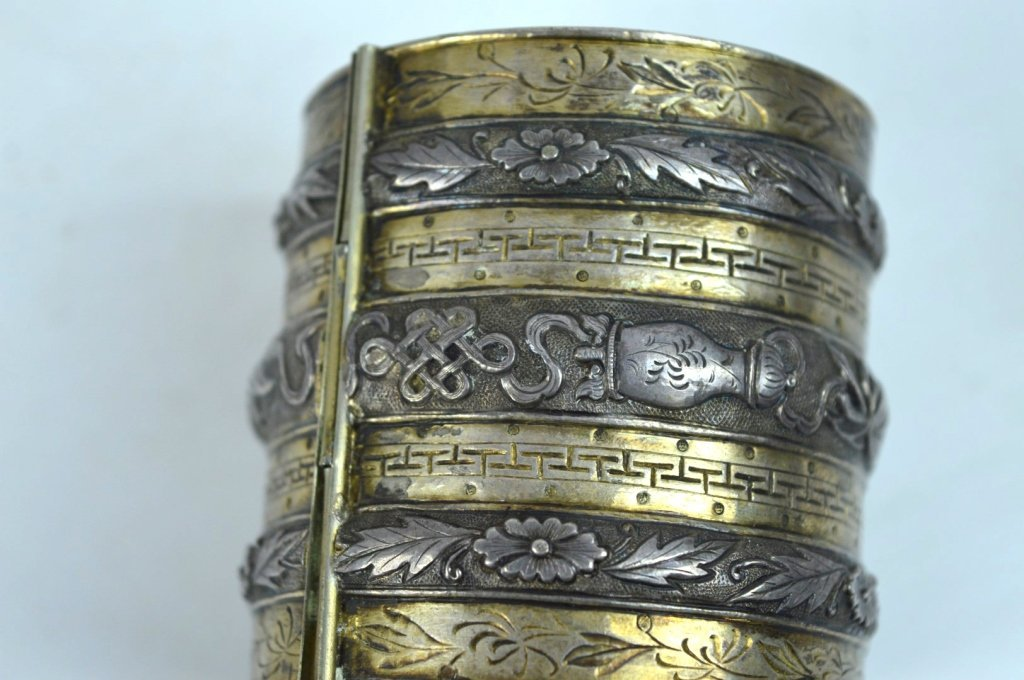 Rare 19th C Chinese Sycee Silver Hinged Bracelet - 5