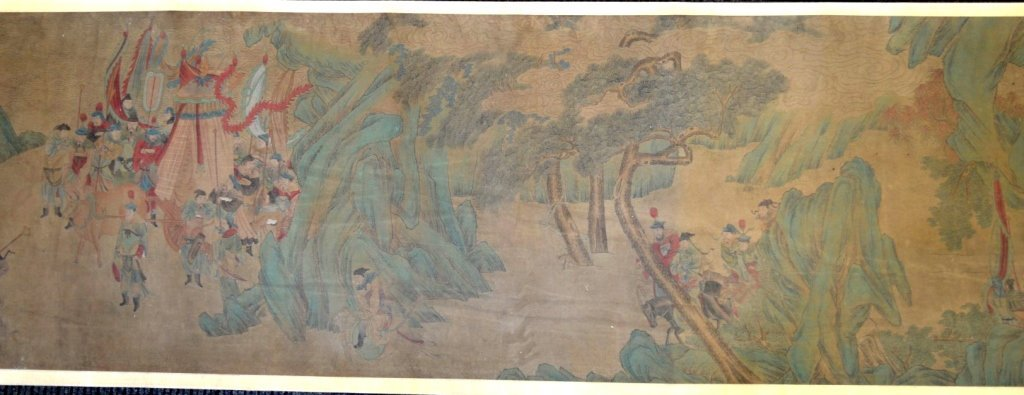 Long Chinese Historical Handscroll on Silk - 4
