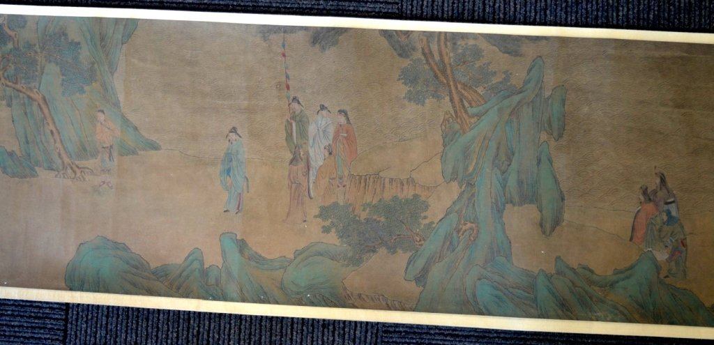 Long Chinese Historical Handscroll on Silk - 8