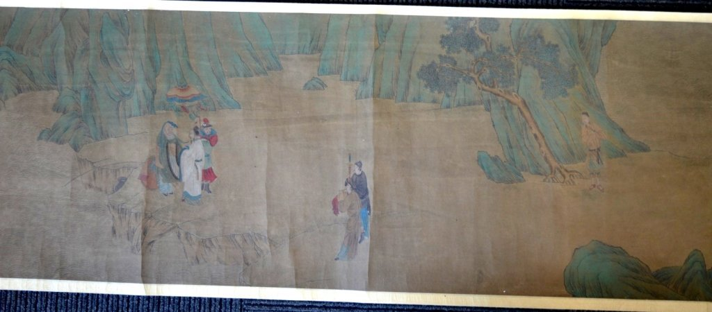 Long Chinese Historical Handscroll on Silk - 9