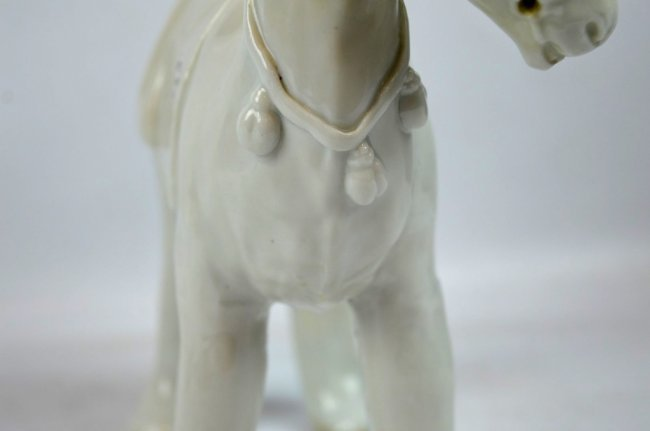 Very Rare 17th C Chinese Blanc de Chine Horse - 7