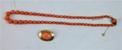 Antique Coral Graduated Bead Necklace & Pin
