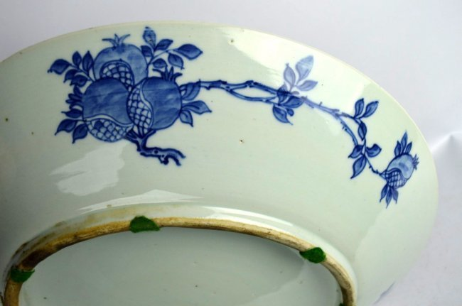 Large 19th C Chinese Blue & White Dragon Charger - 8