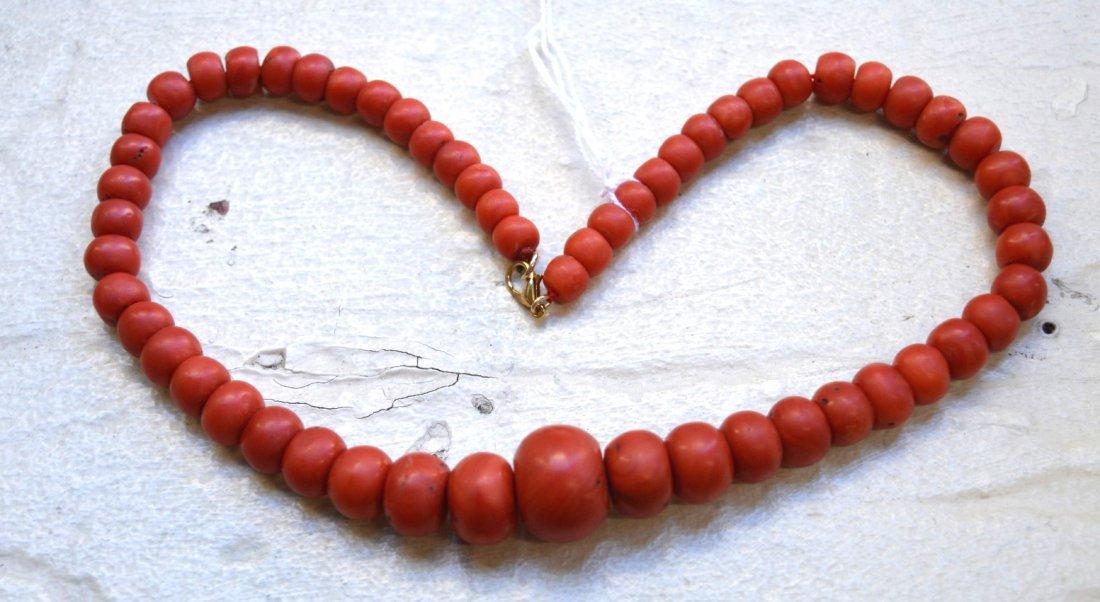 84 G; Antique Dark Coral Graduated Bead Necklace