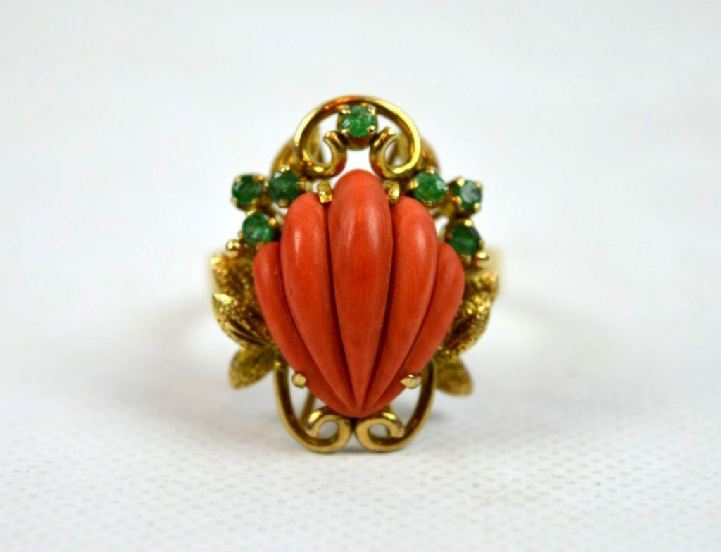 Shell-shaped Coral, Emeralds, in 14K Gold Ring