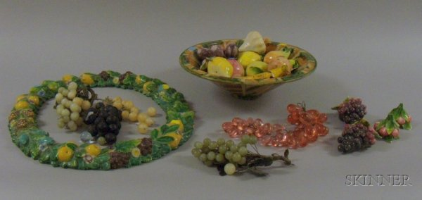 517: Italian Faience Fruit Bowl, a Della Robbia Style W