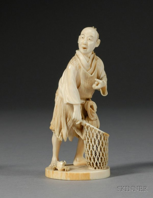 285: Ivory Carving, Japan, 19th century, carving of a f