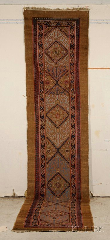 12: Serab Runner, Northwest Persia, late 19th/early 20t