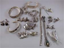 335: Small Group of Sterling Silver Jewelry, including