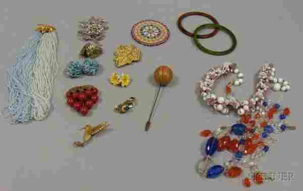 Small Group of Assorted Vintage Costume Jewelry, i