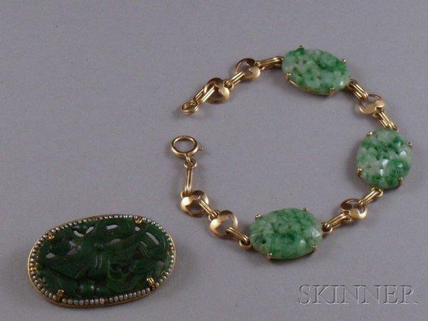 377: 14kt Gold and Jade Bracelet and a 14kt Gold, Carve