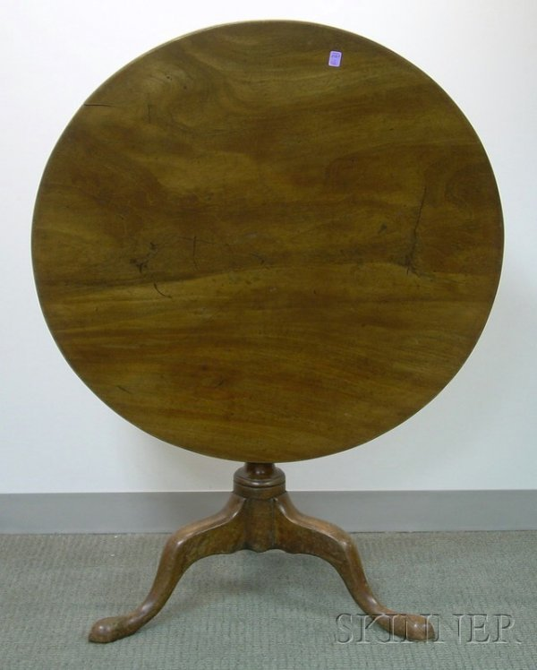 506: Chippendale Carved Mahogany Tilt-top Tea Table, di