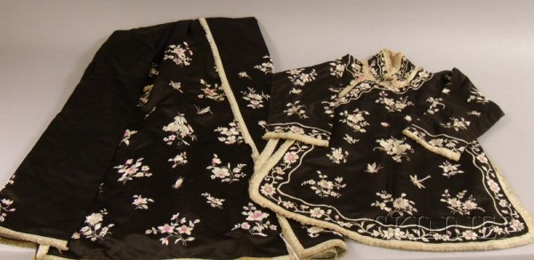 510: Asian Silk Embroidered Black Silk Three-piece Outf