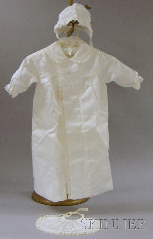 511: Vintage Asian-manufactured Baby's Christening Outf