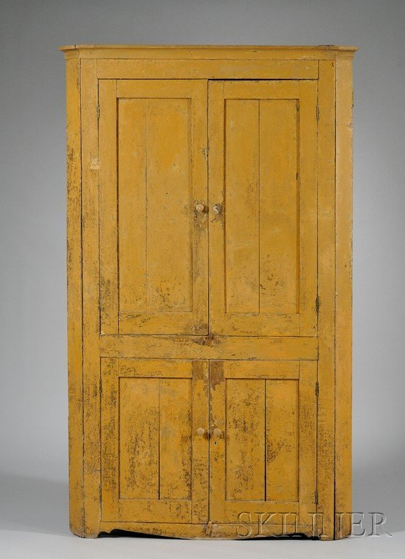 520: Mustard-painted Wood Four-Door Corner Cupboard, th