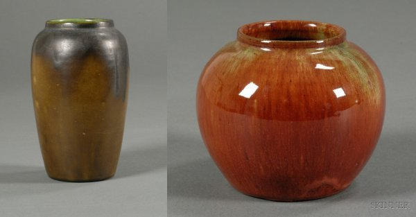 5A: Two Newcomb Pottery Vases Clay with glossy overglaz