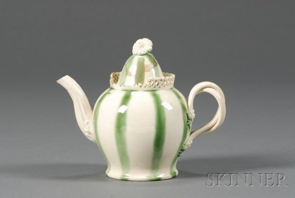 22: Leeds Green Glazed Creamware Teapot and Cover, Engl