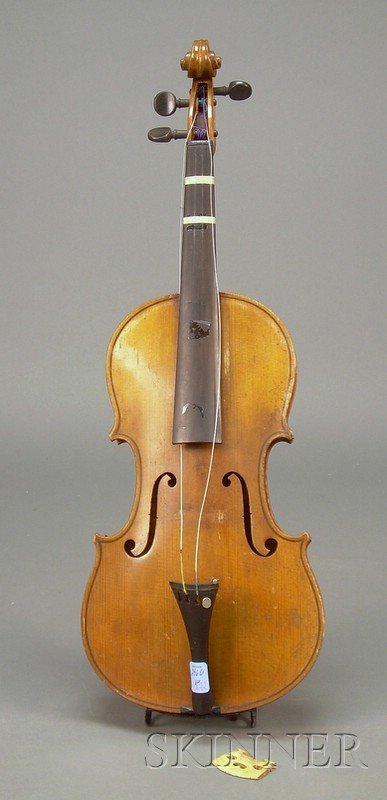 522: German Violin, c. 1920, labeled COPY OF, ANTONIUS