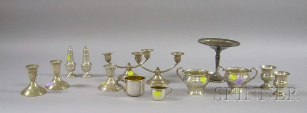 15: Fourteen Silver Table Articles, including a pair of